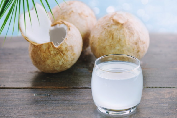 "How to drink ""coconut water"", the most benefit"
